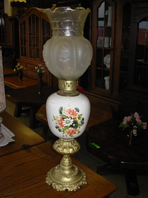 č.1117 lampa stolní