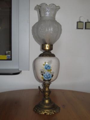 č.126 lampa stolní