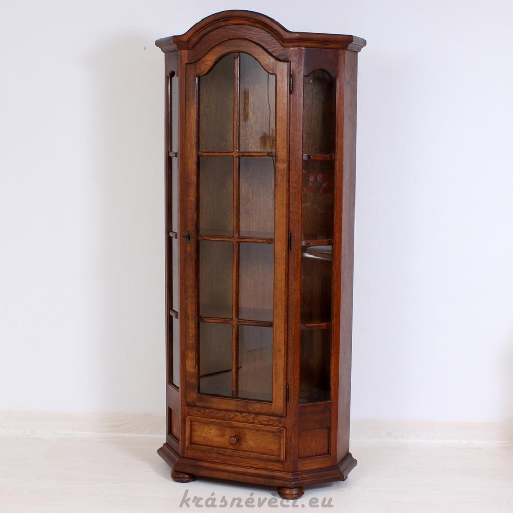 č.1385 vitrína