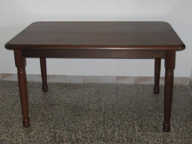 č.224 kuchyňský stůl obdelník 140x85 cm